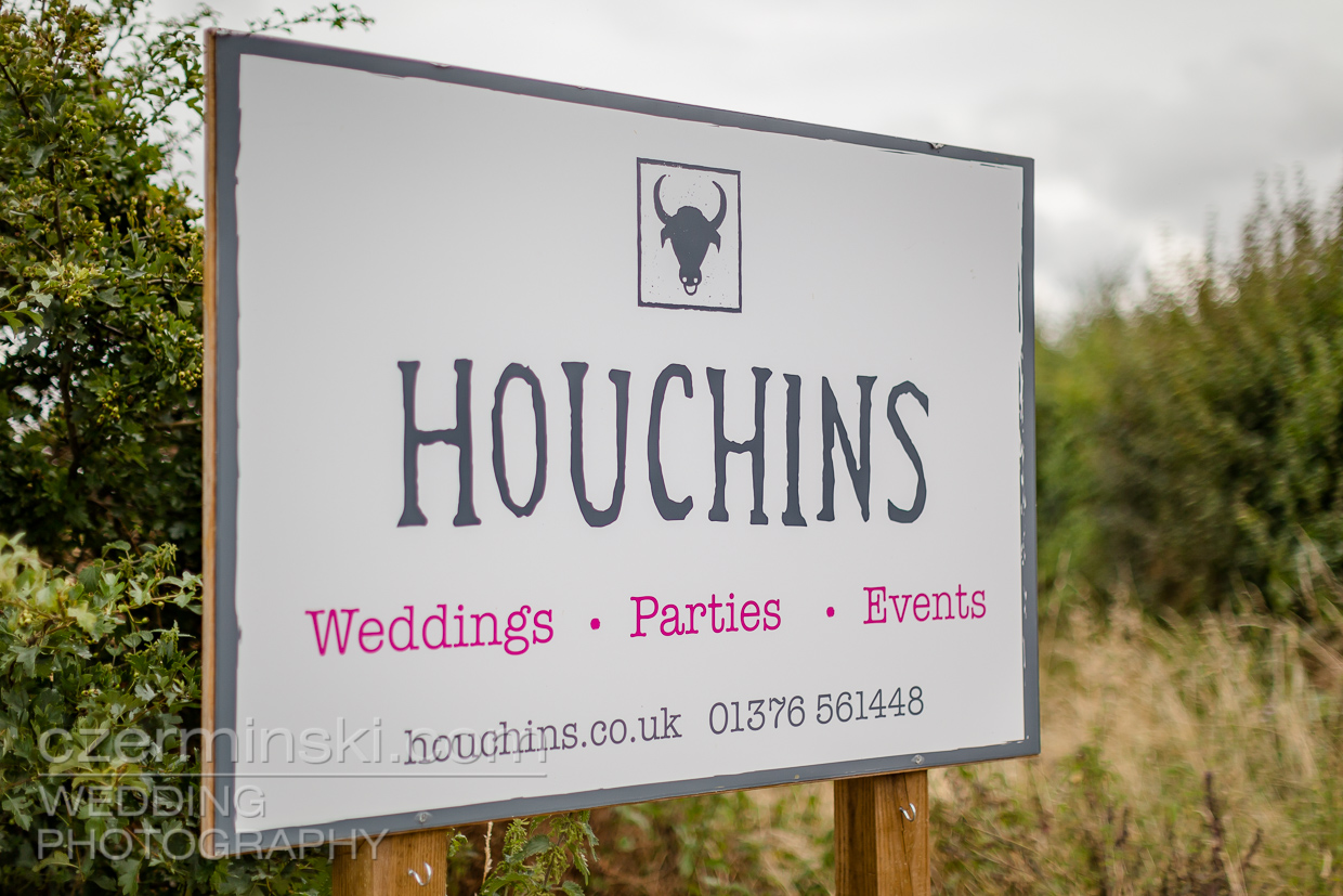 Houchins-Farm-Wedding-Venue-Coggeshall-Colchester-001