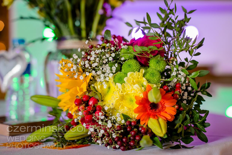 newton-park-barn-wedding-photography-014