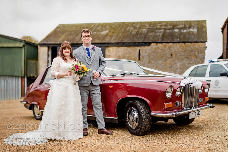 newton-park-barn-wedding-photography-016