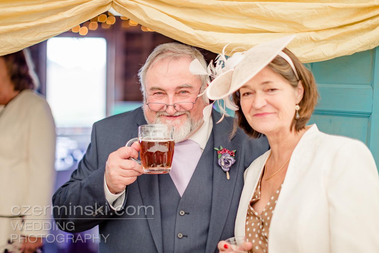newton-park-barn-wedding-photography-020