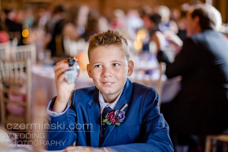 newton-park-barn-wedding-photography-025