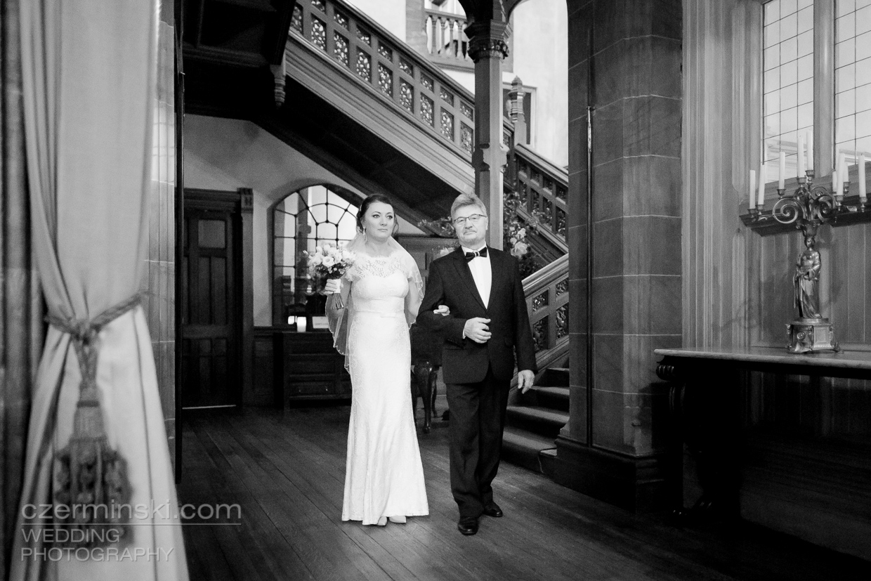 cowdray-house-west-sussex-wedding-photography-011