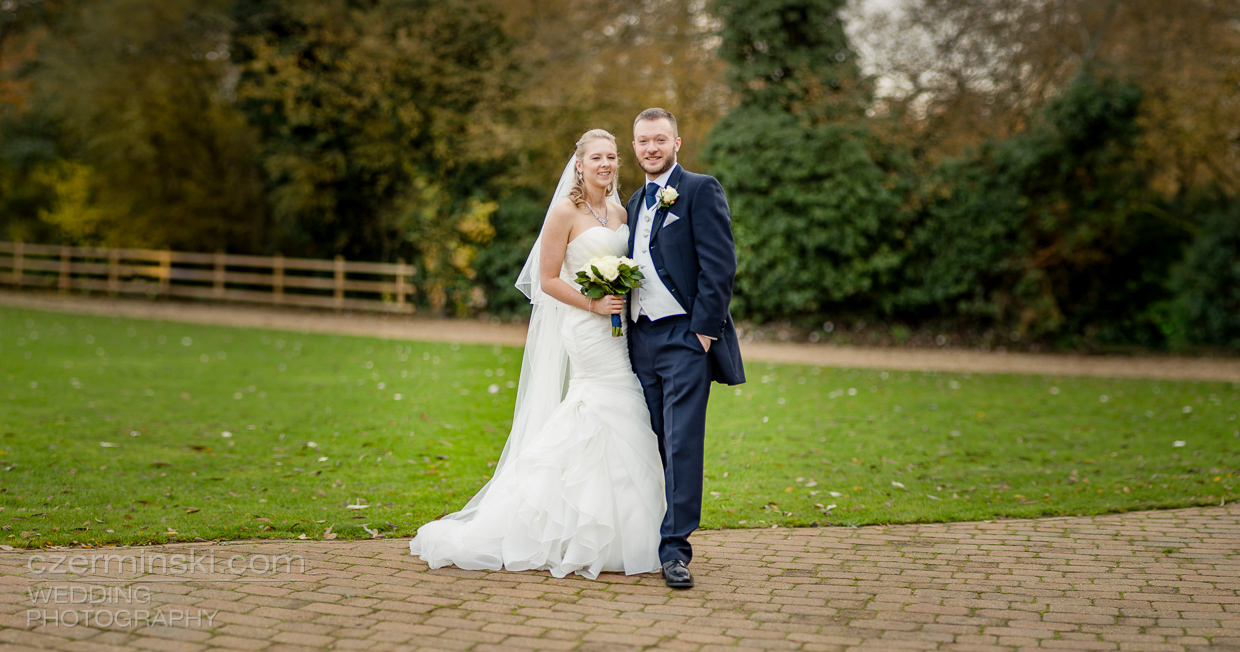 tewin-bury-farm-wedding-photography-welwyn