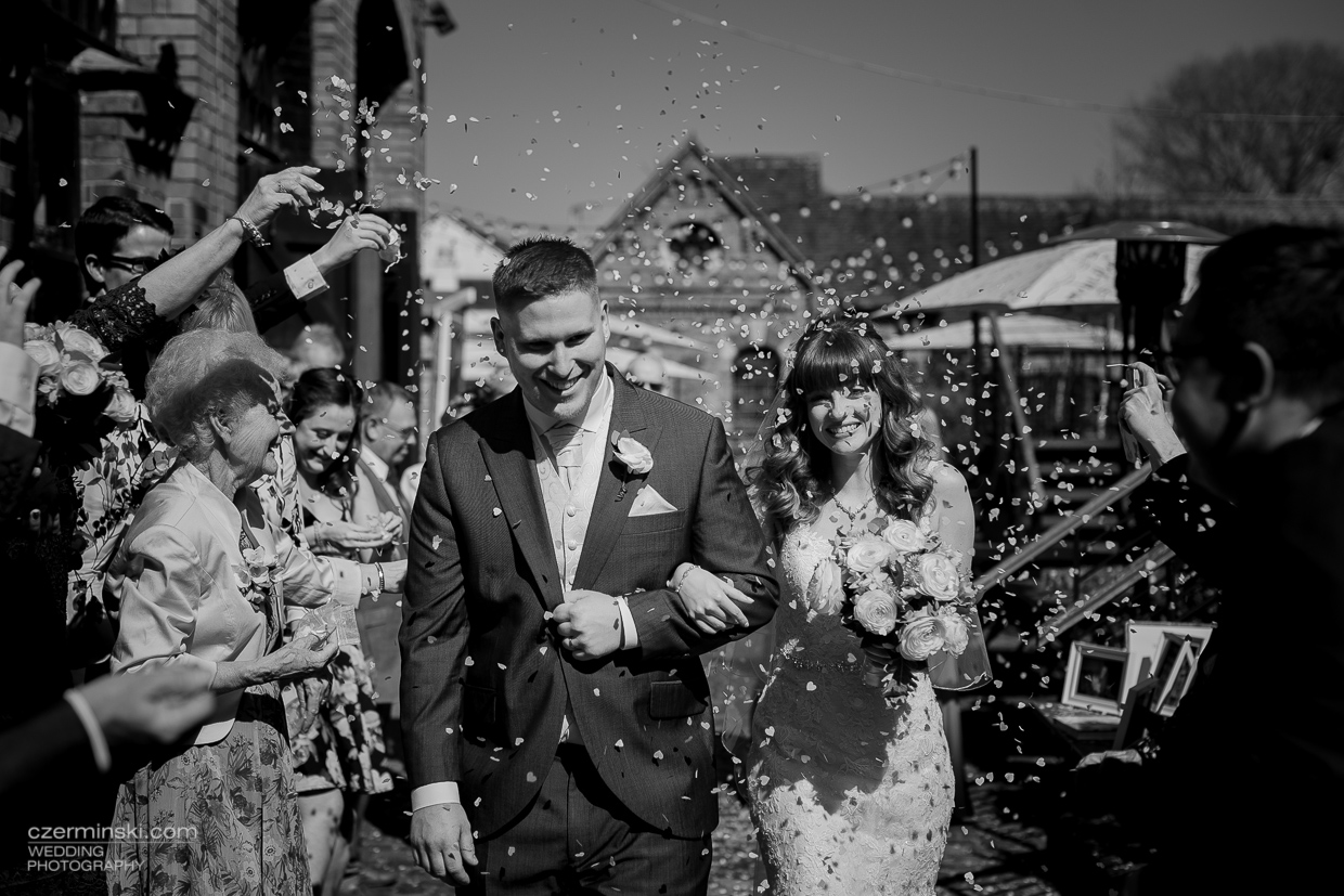 wedding photography bel amp the dragon reading berkshire