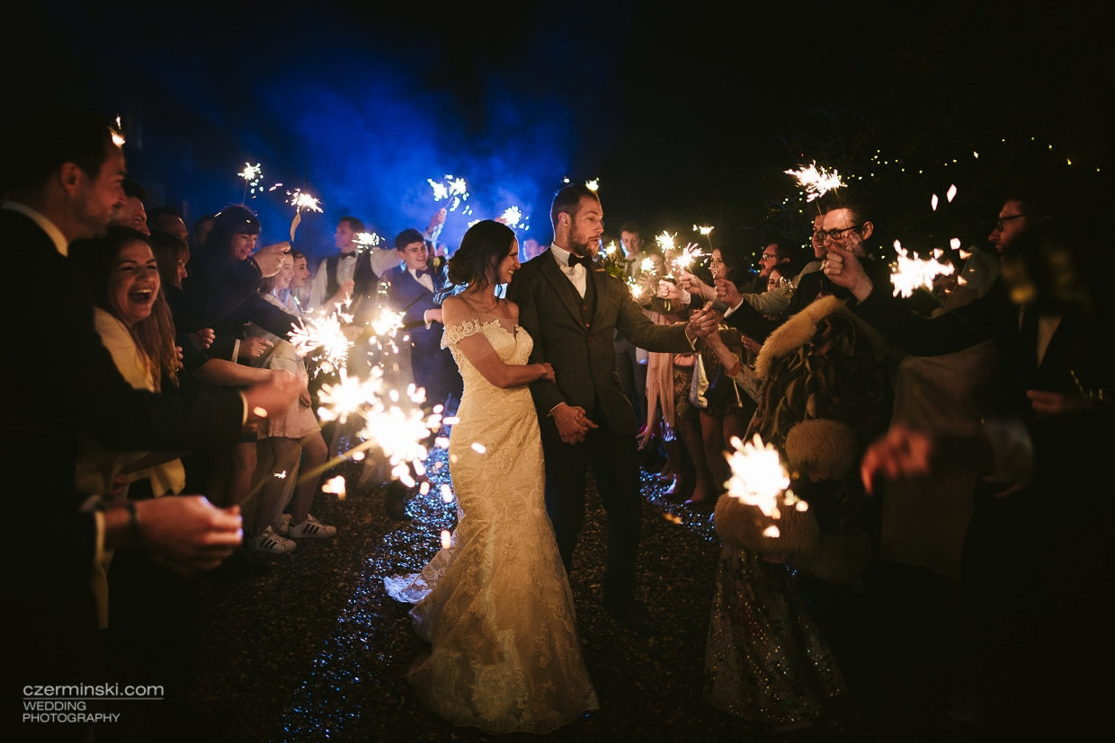Wedding Photography Sparklers: Bride And Groom Sparkler Picture